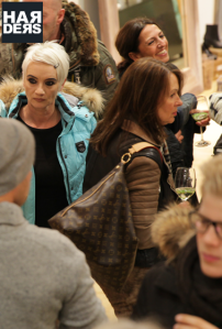 fh-Advent-Lounge-Party-Event-Weihnachtsmarkt-Duisburg-Harders-Online-Shop-Store-Fashion-Designer-Mode-Damen-Herren-Men-Women-Jades-Soeren-Volls-Pool-Mientus-Fall-Winter-H