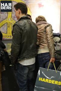 fv-Advent-Lounge-Party-Event-Weihnachtsmarkt-Duisburg-Harders-Online-Shop-Store-Fashion-Designer-Mode-Damen-Herren-Men-Women-Jades-Soeren-Volls-Pool-Mientus-Fall-Winter-H