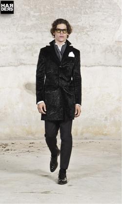 Blog4-Brian-Dale-Cardigan-Mantel-Coat-Jeans-Pullover-Sacco-Camou-Persianer-Harders-24-Online-Shop-Store-Fashion-Designer-Mode-Damen-Herren-Men-Women-Fall-Herbst-Winter-Spring-Summer-Frühjahr-Sommer-2014-2015
