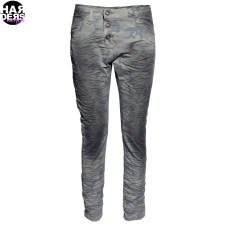 Please-Jeans-Twisted-Dreh-Leg-Bein-Camou-Dirt-Vintage-Wash-Grau-Grey-Harders-24-Online-Shop-Store-Fashion-Designer-Mode-Damen-Herren-Men-Women-Fall-Herbst-Winter-2014