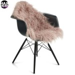 Natures-Collection-Chair-Stuhl-Fell-Dove-Tibetan-Sheep-Skin-Schaf-Fell-Harders-24-fashion-Fall-Winter-Herbst-Damen-Women-2015